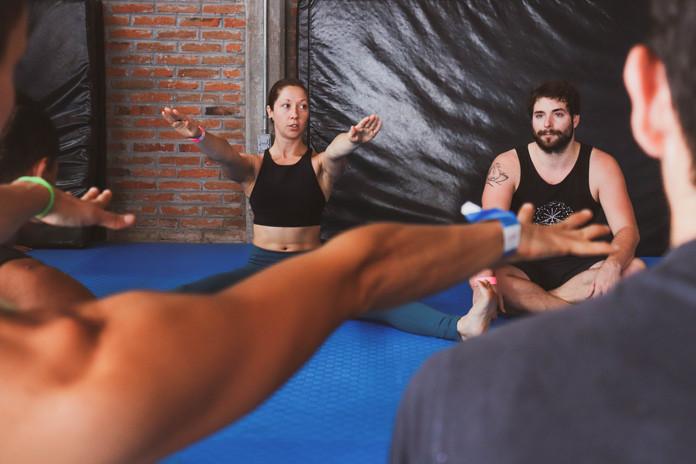 ACRO yoga élévation