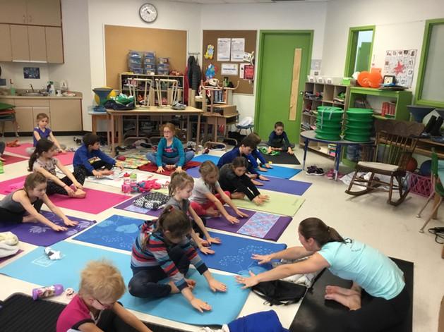 yoga 7-8 ans à l'école