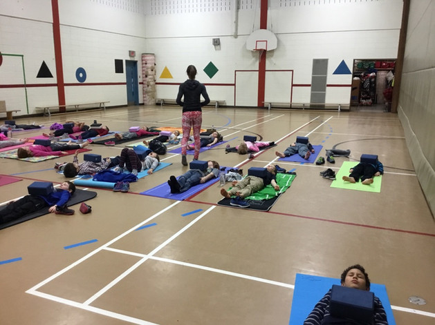 le savasana pour yoga enfant