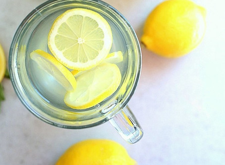 5 Reasons To Start Your Day With Lemon Water