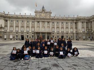 ¡Espías en el Palacio Real!