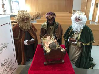¡Han llegado ya sus Majestades al Colegio Arenales!