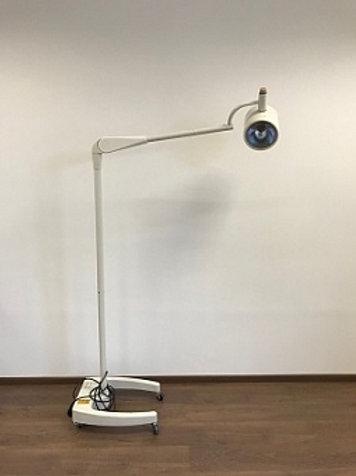 АРМЕД SD 200 Светильник операционный передвижной