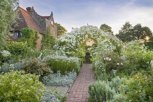Royal Tunbridge & Kentish Gardens   5 Days
