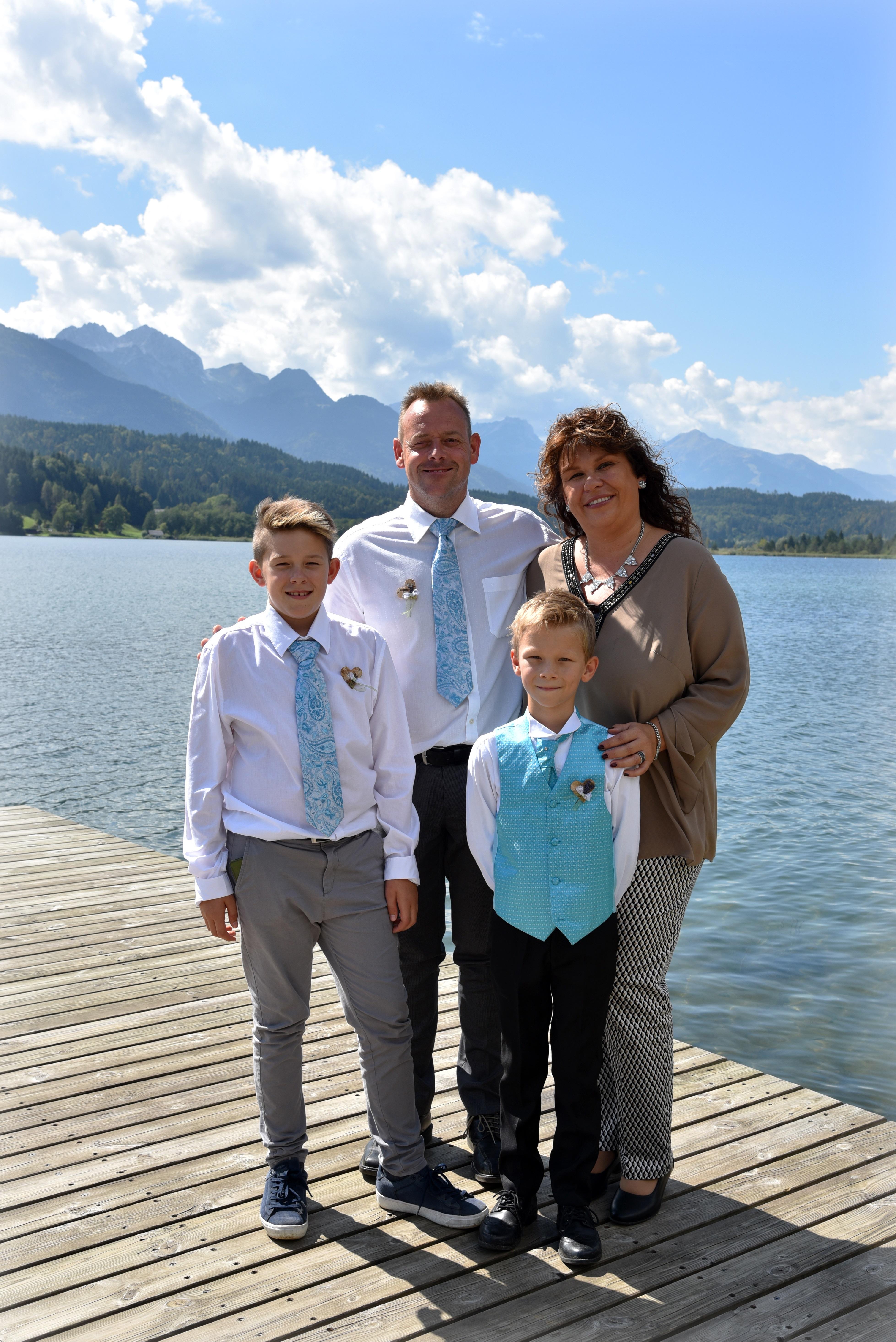 Hochzeit M & Ch  Familienfoto Sept