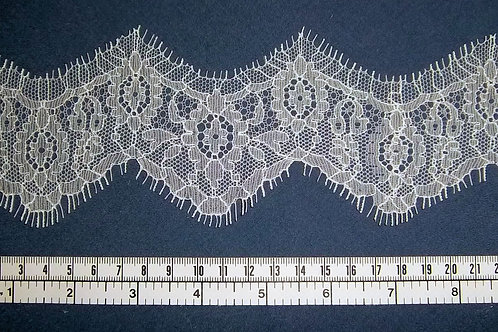 Lace trim by the metre