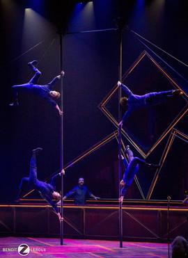 Cirque Éloize HÔTEL
