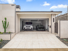 3. garage w cars.jpg