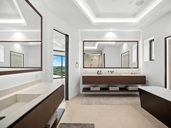 20. master bathroom 3.jpg