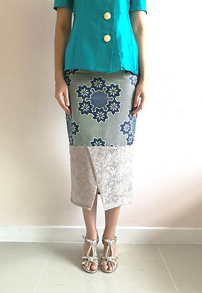 Printed Pencil Skirt with Lace