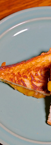 grilled cheese sandwich  / グリルドチーズサンドイッチ
