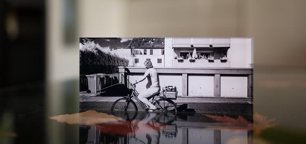 SALE OUT - WHAT I SEE - Echter Fotoabzug   hinter 4mm Acrylglas   auf 2mm AluDibond   inkl. Aufhängung von Alexander Kästel