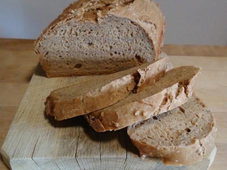 Čerstvě upečený chleba na snídani?