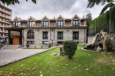 fachada-hotel-villa-virginia.jpg