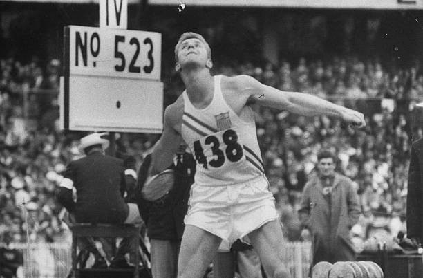 Al Oerter's Olympic Gold Medal Throw (11/27/1956)