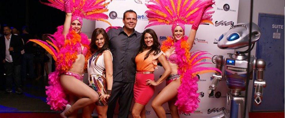 PIC_Vegas girls red carpet_2011_opening.