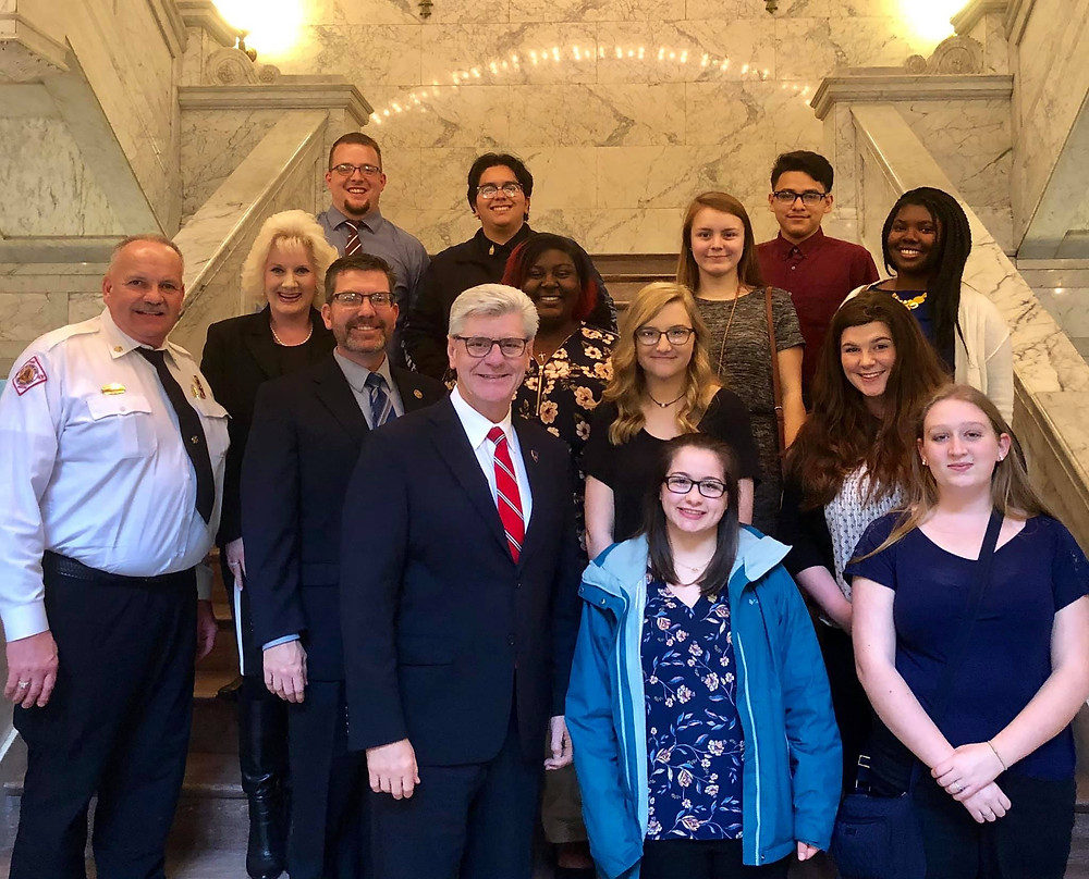 Horn Lake Mayor's Youth Council, Adult Leadership, Myself and Governor Bryant.