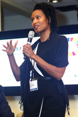 Loyce Pace, Executive Director of the Global Health Council, addressing the room with a question.