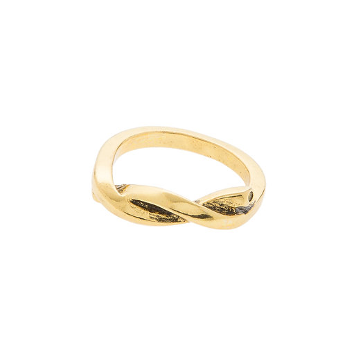 Falcon Ring