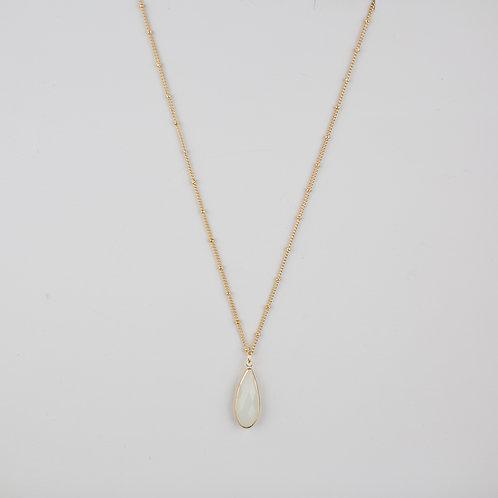 Dawn Necklace White