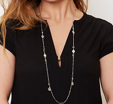 422 Sakura Necklace Silver Model_.jpg