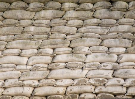 Sandsäcke zum Schutz des Eigenheims gekauft - Wohin damit?