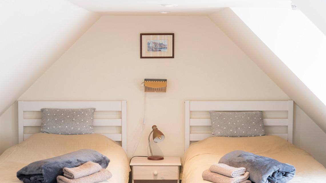 IC Bedroom 2.JPG
