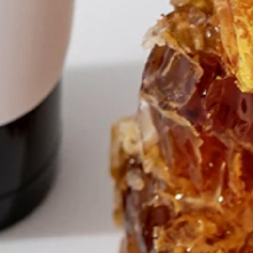 5 Benefícios que o mel traz para a sua pele