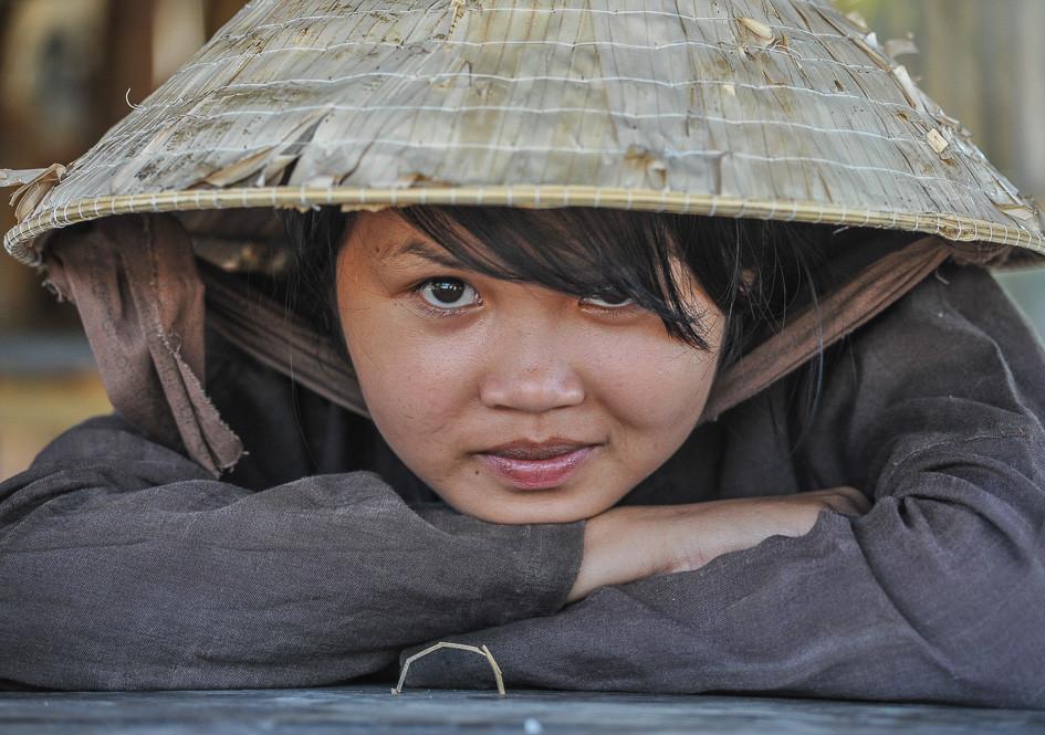 Instant Glance, Cambodia