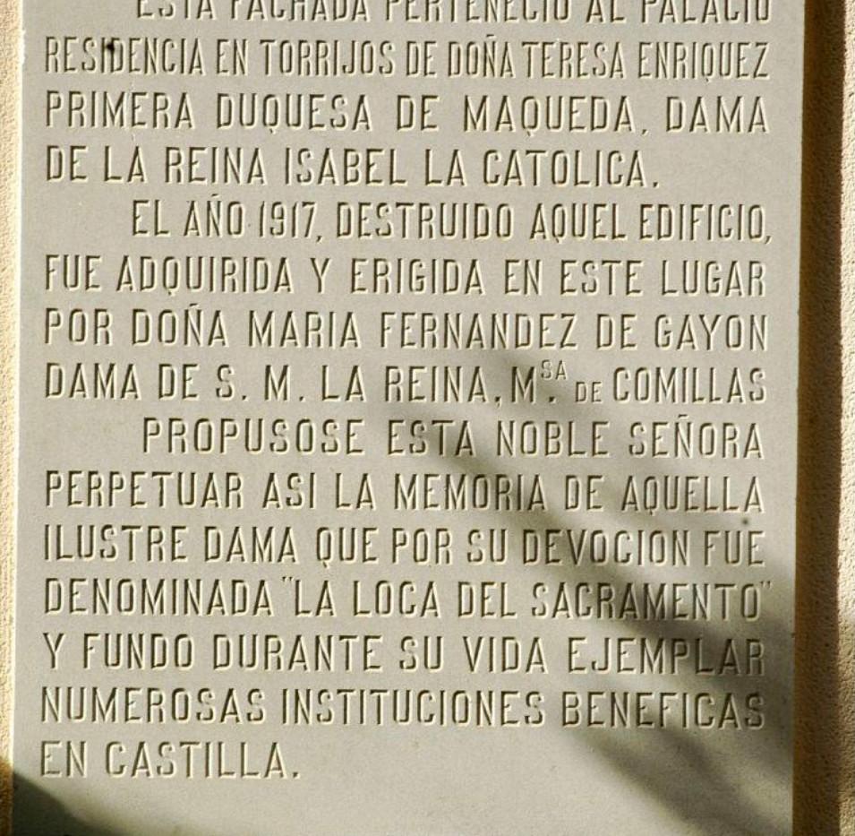 Placa de la Portada del Palacio de Altamira