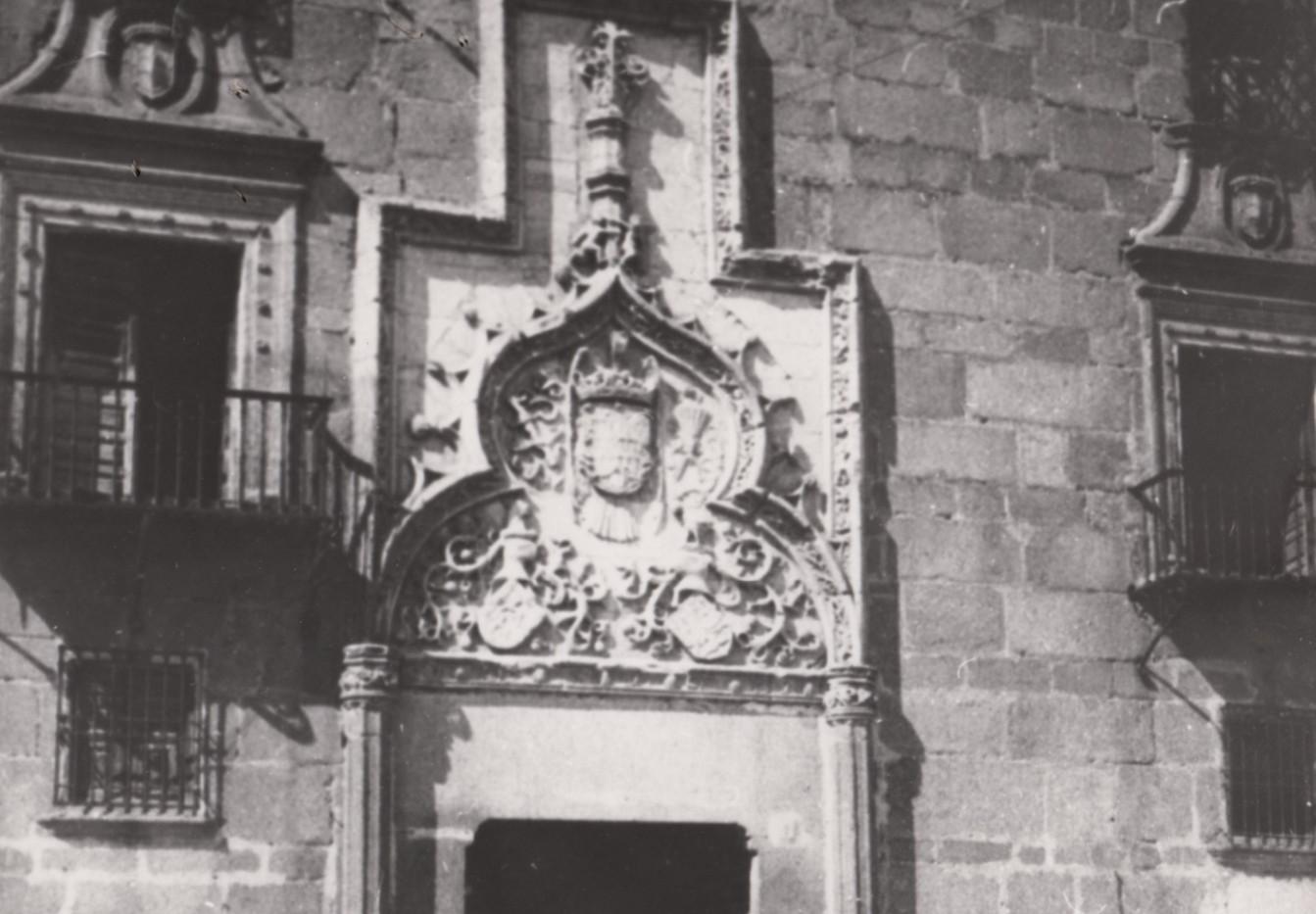 Portada Palacio Altamira