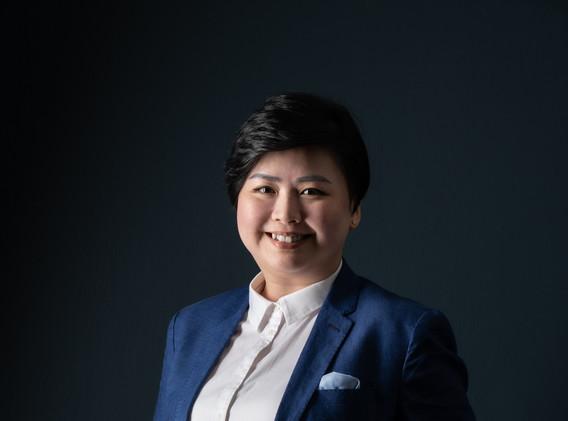 Cheryl Huang, Associate Director