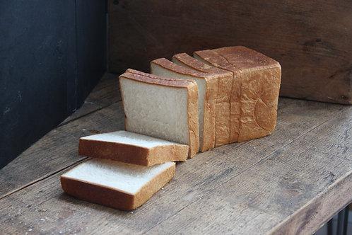 ●Tokyo Milk Loaf (3斤) (12cm*12cm*40cm)