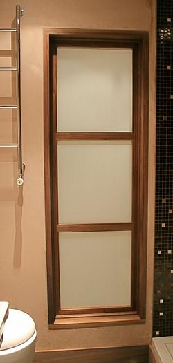 Jib door, bathroom/foyer access