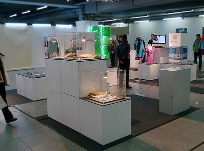 Green_Fashion_Show.jpg
