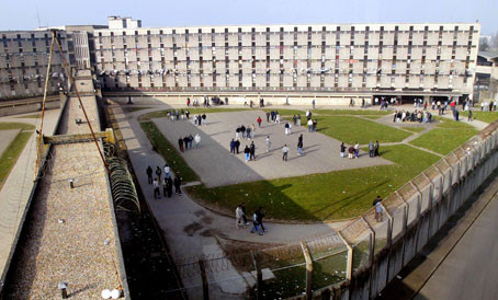 """Prison de Fleury-Mérogis: """"Violences décomplexées"""" !"""