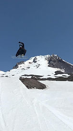 Kovi snowboarding.jpg