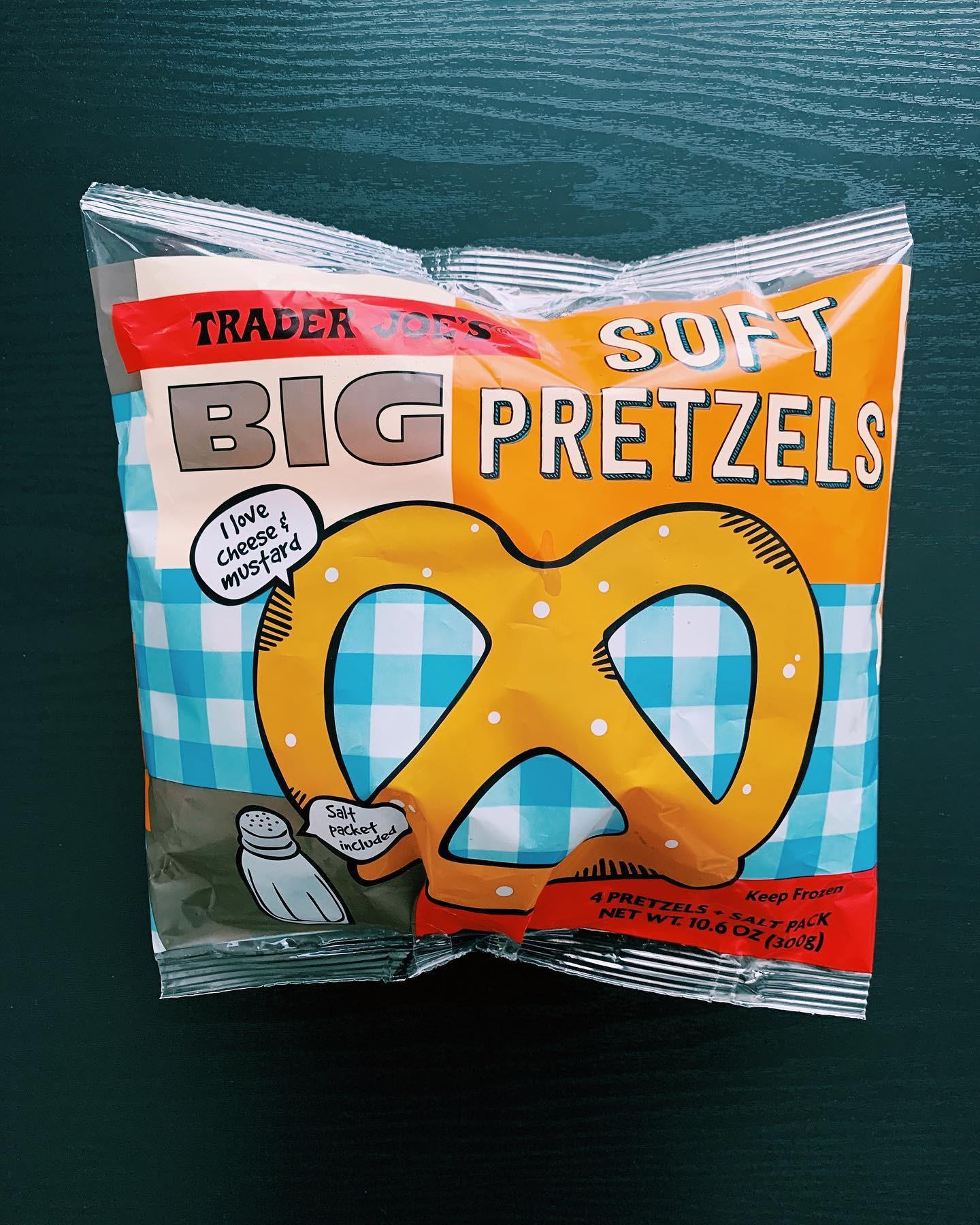 Big Soft Pretzel: 8/10