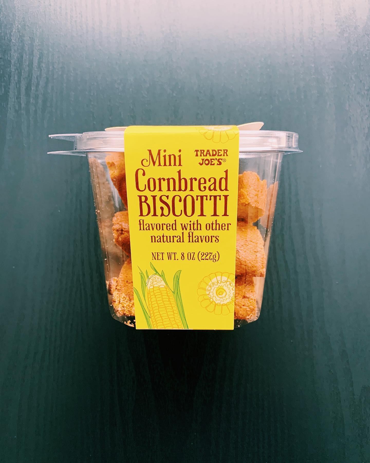 Mini Cornbread Biscotti: 7.5/10