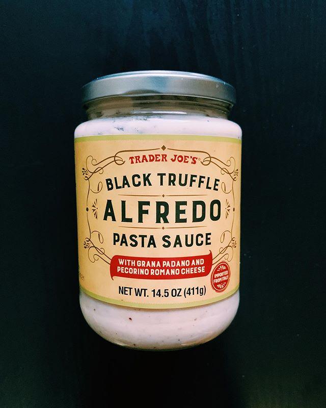 Black Truffle Alfredo Sauce: 7/10