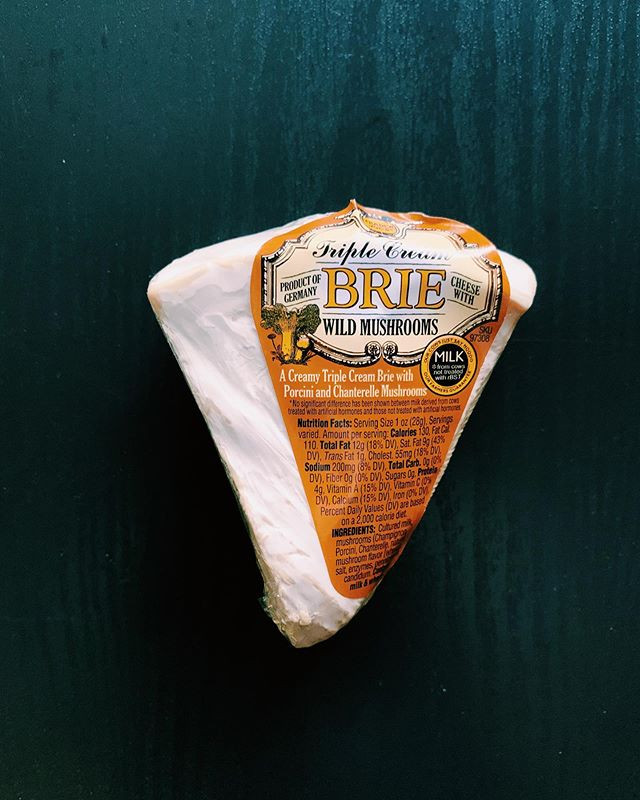 Brie with Wild Mushrooms: 4/10