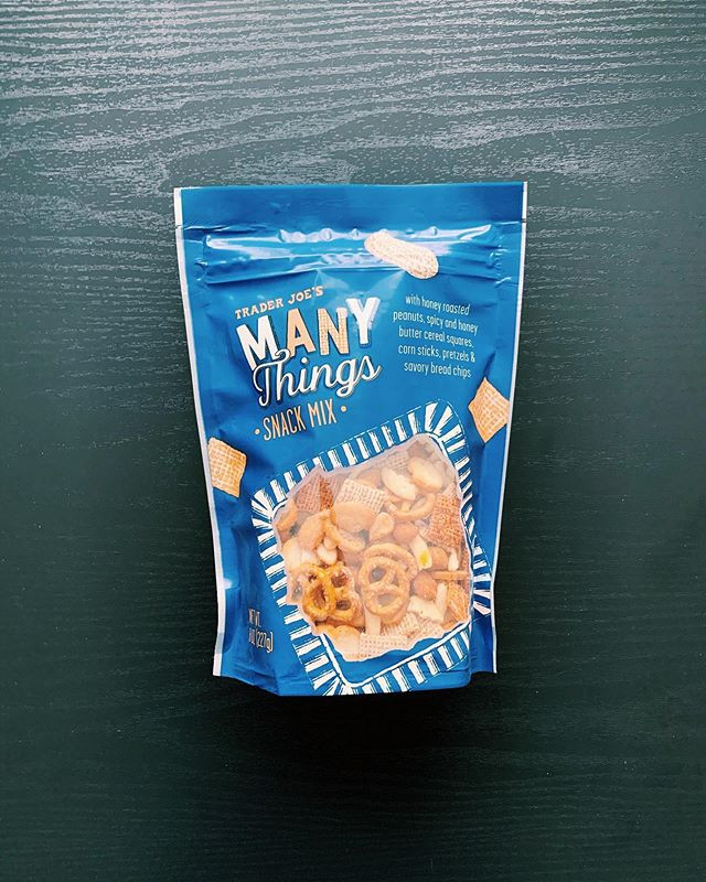 Trader Joe's Many Things Snack Mix