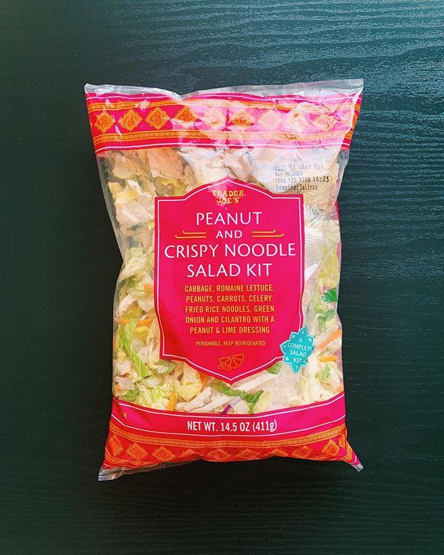 Peanut and Crispy Noodle Salad Kit: 7/10