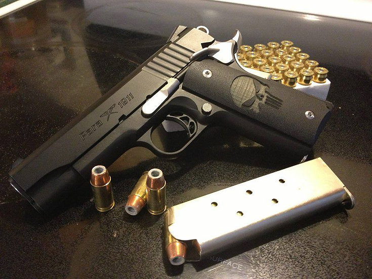 FULL-SIZE GRITTY 1911 PUNISHER GRIPS