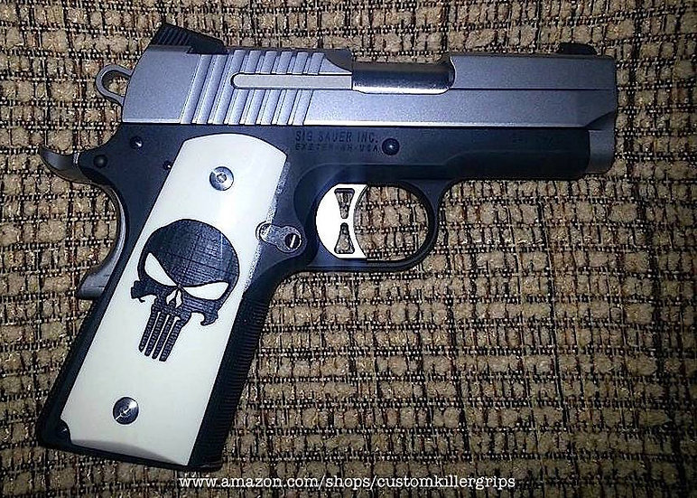 COMPACT SMOOTH 1911 PUNISHER GRIPS - BLACK ON IVORY