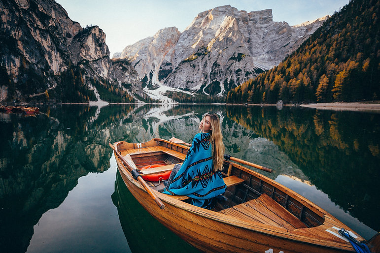 The most picturesque Lake in Italy, Italia Dolomites,Lago Di braies, Braies Lake
