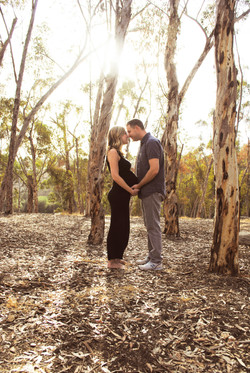 woods maternity photos