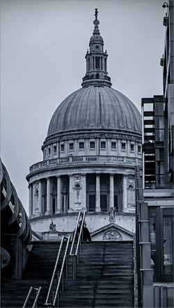 UP TO ST PAUL'S