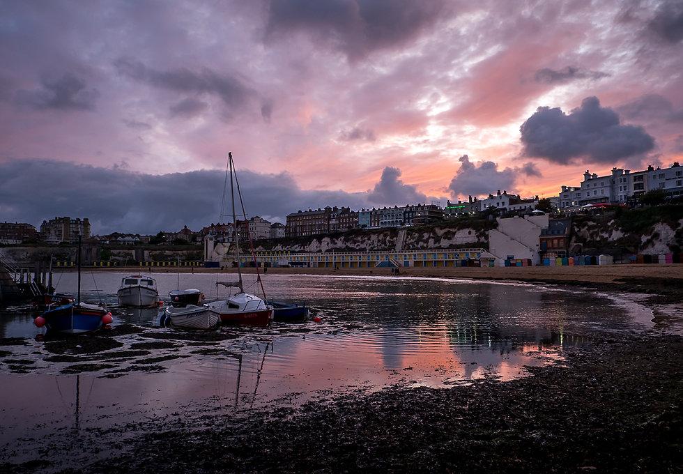 Sunset at Viking by steve lee.jpg
