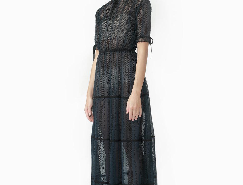 Daisy short sleeves knitted maxi dress
